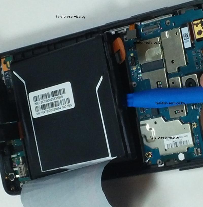 замена аккумуляторной батареи телефона